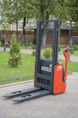 Electric stacker Linde L 12-711