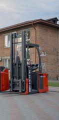 Linde L16І-372 electric stacker