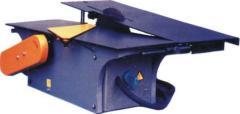 Máquinas universais para tratamento de madeira