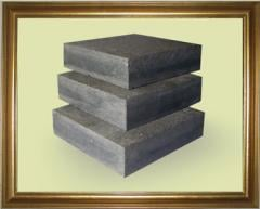 The stone blocks is sawn, thermoprocessed