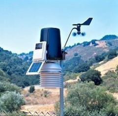 Wireless meteorological station of Davis...