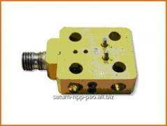 Monolithic balance mixer of range of the