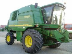 Combines of a series 9000 WTS