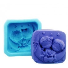 Children on the Moon mold silicone for creativity