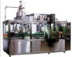 The automatic packing machine in Pyur-Pak Pure