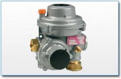 Pressure regulator for gas
