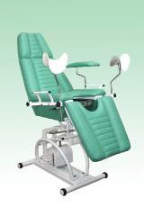 Chair gynecologic hydraulic adjustment of heigh