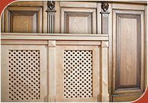 Предметы интерьера Боско: панели для стен и потолка, деревянные подоконники, решетки для радиаторов отопления...