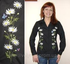 The embroidered women's shirt, women's