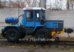Shunting KRT-1 tractor.