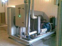 Coolers of liquid (chiller) for the equipment, for