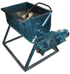 Mixer olyan oldatok előállítására, a keverő