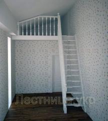 Лестница деревянная бюджетная