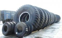 Los neumáticos de las dimensiones supergrandes