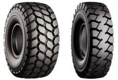 Los neumáticos para los cargadores