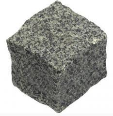 Granite plates and blocks. Granite in blocks