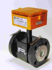 Flow meters and consumption meters