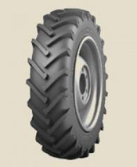 Шины для сельхозтехники 15.5-38,  резина для...