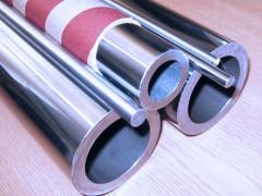 The rods chromeplated for production and repair of