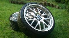 Las cubiertas y el neumático R18, el caucho para