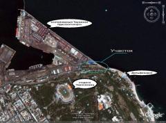 Земельный участок на берегу Черного моря, в центре