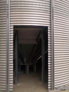 Силосы для хранения зерновых с выгрузочной воронкой