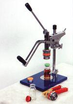Приспособления и инструмент для ручного обжима и