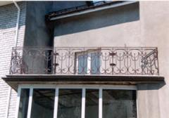 Protections of balconies, ladders