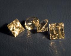 Diamonds artificial