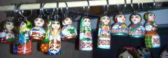 Сувенирные брелоки-куклы.