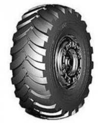 Los neumáticos para los coches pod'emno-de