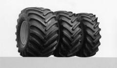 Los neumáticos para los coches de agricultura y la