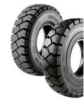 Los neumáticos neumático para los cargadores en
