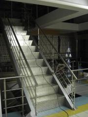 Лестница металлическая.
