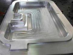 Compression molds from aluminum alloys