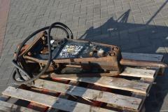 Hinged equipment for the excavator (Gidromolot)