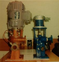 Circulating pump SC-50 for heating passenger cars.