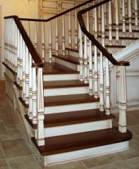 Лестницы (ясень, дуб)