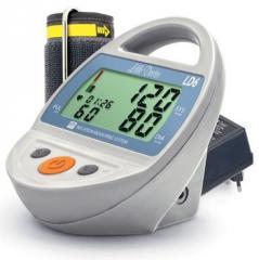 Automatic tonometer on LD6 shoulder
