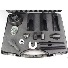 Stripper of nozzles of Mercedes CDI (hydraulics