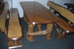 Дубовый стол и лавки