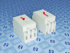 Выключатели с электромагнитными и тепловыми...
