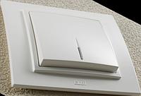 Выключатель одноклавишный с подсветкой ZENA белый
