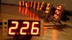 Measuring instrument of an alternating voltage