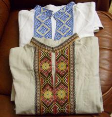 Сорочки-вышиванки с длинными и короткими рукавами.