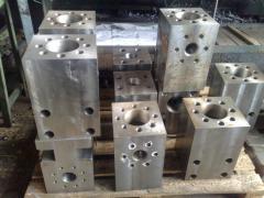 Compressor pump sleeve block