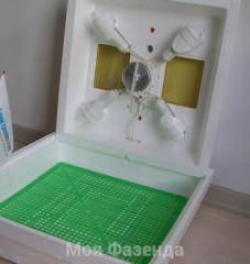 Квочка инкубатор ламповый с ручным переворотом