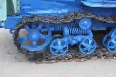Траки для гусеничных тракторов.