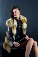 Жилет из меха лисы от производителя Украина