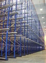 Стеллажи складские для высоких эксплуатационных